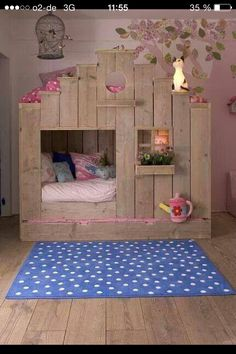 kinderbett prinzessinnenbett kinderzimmergestaltung in 2018 pinterest kinderzimmer bett. Black Bedroom Furniture Sets. Home Design Ideas