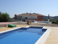 For sale: a grand country house with pool in Cehegin, Murcia Spain built on a 9000m2 plot and a floor area of 219sqm
