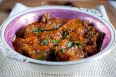 www.heatoit.com: Bangladeshi baklažaanikarri tomatite, ingveri ja apteegitilliseemnetega