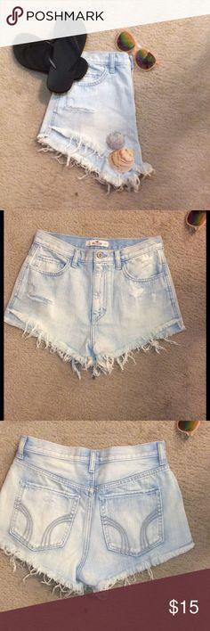 Hollister Festival shorts! Never worn! Hollister Shorts Jean Shorts