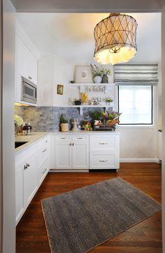Gray And White Kitchen. This Could Be An Option. White Cabinets, Gray  Backsplash · Design Für Kleine KücheIdeen Für Die ...