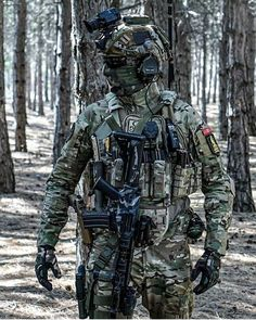 Do you play Airsoft airsoft bbs guns pistol nice military soldier bundeswehr police awesome Special Forces Gear, Military Special Forces, Military Guns, Military Weapons, Military Soldier, Tactical Armor, Tactical Survival, Survival Gear, Survival Prepping