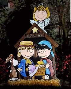 Charlie Brown by HashtagArtz Christmas Yard Art, Noel Christmas, Christmas Nativity, Christmas Crafts, Xmas, Peanuts Christmas, Charlie Brown Christmas, Peanuts Cartoon, Peanuts Snoopy
