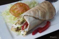 Chicken Shawarma (Shawarma Digaag) Chawarma au Poulet شاورما الدجاج   Xawaash.com