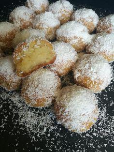 Ινδοκάρυδα Σιροπιαστά νηστίσιμα - Συνταγές - BigMama Cooks Greek Desserts, Pretzel Bites, Bread, Healthy, Big, Food, Breads, Baking, Meals