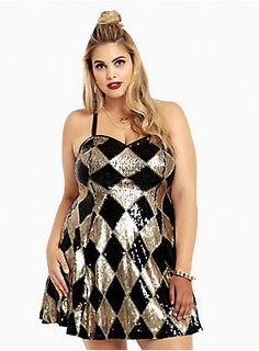 <p>What's a gal to wear on a night out with her puddin'? This dress! The mini style is detailed with a gold and black sequined diamond pattern.…