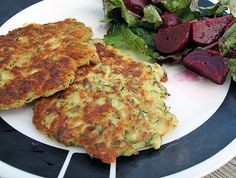 Fried Zucchini Cakes Fried Zucchini Cakes, Fried Zuccini, Fried Zucchini Recipes, Yummy Vegetable Recipes, Vegetable Cake, Zucchini Fries, Zucchini Pancakes, Healthy Recipes, Healthy Foods
