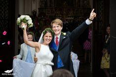 Hochzeit bei Münschen Kloster Scheflarn One Shoulder Wedding Dress, Wedding Dresses, Fashion, Engagement, Pictures, Bride Gowns, Wedding Gowns, Moda, La Mode