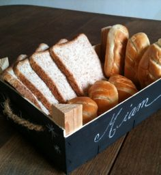 Une cagette tableau noir comme corbeille à pain - Basket for bread and pastry - Meubles et objets - Pure Sweet Home
