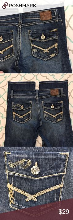 """💙👖Awesome BKE Jeans👖💙27 3/4 31"""" Dark Wash! Low 💙👖Awesome BKE Jeans👖💙 Size 27 (3/4). Preloved! Priced Accordingly. Some missing decorative stitches. Light Wear in seat. Good Used Condition. 31"""" Inseam. 7"""" Rise. Low Waist. 14.5"""" Across Back. Awesome Stretch. Beautiful Dark Blue Wash. Awesome Heavy Fading. Madison Fit. Boot Cut.  Back Flap Pockets. Thick Stitching. Ting Bling! Very Cute! BKE! The Buckle! Ask me any questions! : ) BKE Jeans Boot Cut"""