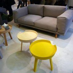 Muuto_Yellow_table__Grey_sofa-300x300.jpg 300×300 Pixel