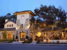On the Central Coast of California, visitors find the stylish Hotel Cheval, located in the oh-so-quaffable Paso Robles wine country. California Travel Guide, Central California, California Wine, California Coast, Paso Robles Wineries, Wine House, San Luis Obispo County, Need A Vacation, Great Hotel
