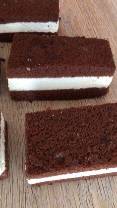 Cake Recipes Easy Homemade Chocolate - New ideas Giant Cupcake Recipes, Giant Cupcake Cakes, Party Desserts, Fall Desserts, Health Desserts, Baking Recipes, Cookie Recipes, Snack Recipes, Dessert Recipes