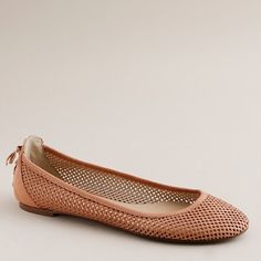 Want. Not a huge fan of pink but still like these. Kinda pretty, vintage, and edgy all at once.