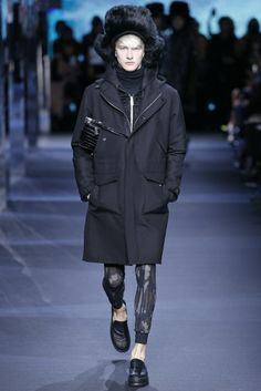 Moncler Gamme Rouge RTW Fall 2014 - Slideshow - Runway, Fashion Week, Fashion Shows, Reviews and Fashion Images - WWD.com