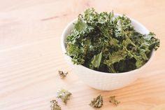 10 Minute Crunchy Kale Chips