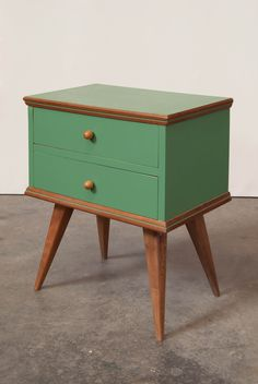 Mcm Furniture, Vintage Furniture, Painted Furniture, Furniture Design, Cabinet Inspiration, Small Room Design, Small Cabinet, Low Tables, Wood Cabinets