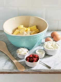 Kitchen >  Preparation | Betty mixing bowl