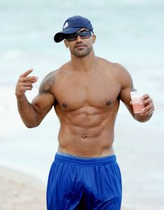 Shemar Moore...Yes, please.