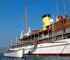 """classic steam yacht - the """"Delphine"""""""