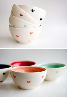 Best Ceramic Pottery Painting ideas for DIY project design and inspiration. This collection of ceramic pottery painting examples is for anyone looking. Clever Ceramic Pottery Painting Ideas to Inspire Your Next Project Pottery Bowls, Ceramic Bowls, Ceramic Pottery, Pottery Cafe, Hand Painted Pottery, Pottery Painting Designs, Pottery Designs, Pottery Painting Ideas Easy, Paint Designs