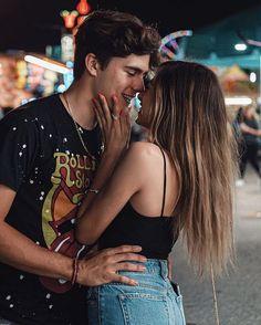 Cute Couples Photos, Cute Couple Pictures, Cute Couples Goals, Couple Photos, Couple Goals Relationships, Relationship Goals Pictures, Boyfriend Goals, Future Boyfriend, Foto Pose
