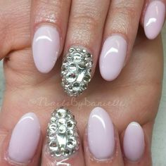 #ShareIG Sweet and sassy! Client wanted to switch from long almond to a shorter rounded shape.