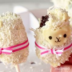 These llamas are made fluffy with dried coconut and have a delicious chocolate center!