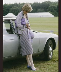 Lady Diana Spencer, soon to be Diana, Princess of Wales - looking pensive at a polo match in Windsor after the Ascot races, June (Photo by Tim Graham/Getty Images) Princess Diana Death, Princess Diana Fashion, Princess Of Wales, Lady Diana Spencer, Polo Match, Sophie Marceau, Royal Life, Diane, Romy Schneider