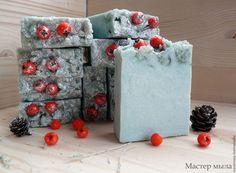 Натуральное мыло «Зимняя рябина» — работа дня на Ярмарке Мастеров. Узнать цену и…