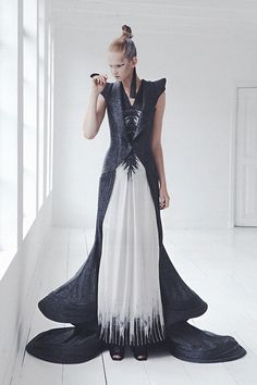 This is stunning.  I'd wear it
