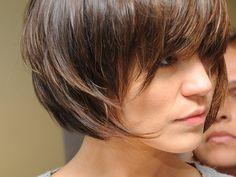 cabelo curto cheio