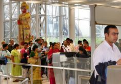 Touristenvisum: Immigration will bei Einreise Baht sehen, Thailand Bangkok, Thailand