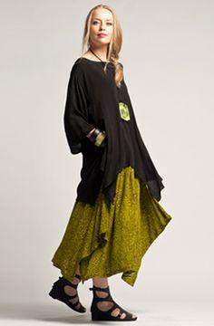 SHONMODERN.COM | Kaliyana: Summer - Monterey une idée de jupe à faire avec le morceau de jersey vert anis qui traine dans l'atelier depuis des semaines (mois?)