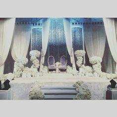 Pinspiration Wedding Stage Decorations, Wedding Themes, Wedding Ideas, Wedding Scene, Dream Wedding, Debut Ideas, Afternoon Wedding, Wedding Mandap, Fabric Decor