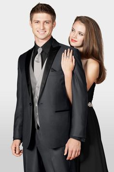 A Jim's Formal Wear exclusive, the Grey Portofino tuxedo is a fashion-forward choice for a sophisticated affair. It's tailored in a soft, super-fine wool. Slim Fit Tuxedo, Tuxedo Suit, Tuxedo Jacket, Gray Jacket, Grey Tux, Prom Tuxedo, Black Prom Tux, Mens Attire, Outdoor Weddings