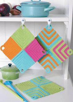 Crochet Diy, Crochet Home Decor, Love Crochet, Crochet Crafts, Crochet Projects, Crochet Potholders, Crochet Squares, Dishcloth Crochet, Knitting Patterns