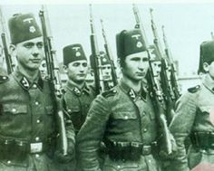 "13.Waffen-Gebirgs-Division der SS ""Handschar"" (kroatische Nr.1). Muslim volunteers from Bosnia-Herzegovina. A little known Waffen-SS unit, used mostly to fight against Tito's Communist Partisans."