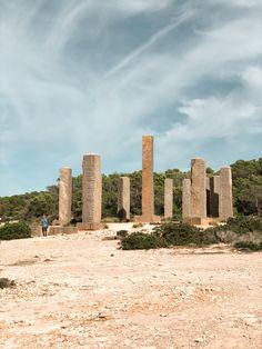 An Ibiza Bucketlist - Just Emmi Space Ibiza, Ibiza Town, Ibiza Spain, The Next Step, Crystal Clear Water, Sandy Beaches, Small Towns, Travel Photos, Something To Do