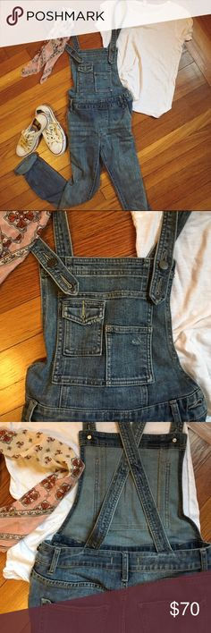 Free People Washed Denim Overall Only worn once! Transition through all seasons. Distressed wash skinny denim overalls. 5-pocket style. Adjustable crisscross straps. Pocket detailing on front bib.  71% Cotton 28% Polyester 1% Spandex Free People Jeans Overalls