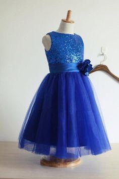 90859af3c A Line Floor Length Scoop Neck Sleeveless Sequins Flower Girl Dresses -  Ombreprom Blue Party Dress