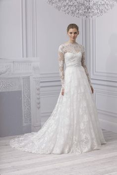 Monique Lhuillier Spring 2013 Bridal Collection. Classic and elegant with a vintage feel <3!
