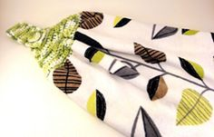 Ravelry: Towel Topper pattern by Teresa Richardson Bird Quilt Blocks, Crochet Projects, Ravelry, Towel, Quilts, Pattern, Kitchen, Baking Center, Comforters