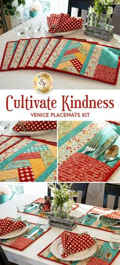 Quilted Placemat Patterns, Potholder Patterns, Fabric Placemats, Patchwork Quilt Patterns, Placemat Ideas, Hexagon Quilt, Potholders, Small Quilt Projects, Quilting Projects