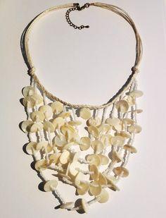 SeaShell Kaulakoru - Julian Korulipas verkkokauppa | Korut ja laukut netistä Jewelry, Fashion, Jewellery Making, Moda, Jewerly, Jewelery, Fashion Styles, Jewels, Jewlery