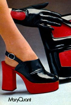 look 1973 UK Mary Quant Catalogue shoes purse red black platform sandals Seventies Fashion, 60s And 70s Fashion, Retro Fashion, Trendy Fashion, Vintage Fashion, Fashion Women, Fashion Fashion, Fashion Ideas, Mary Quant