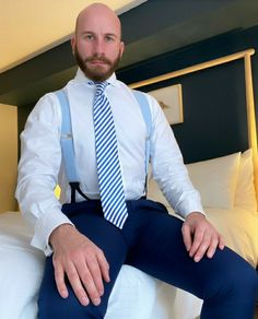 Mens Braces, Mens Suits, Gentleman, Gay, How To Wear, Shirts, Style, Fashion, Dress Suits For Men