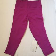 NWT Lululemon Zone In Crop Brand new with tag. Size 12. lululemon athletica Pants