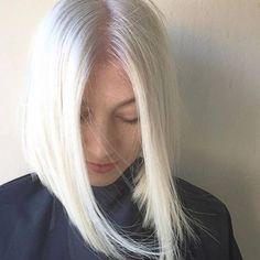 Cool Blonde, Long Hair Styles, Beauty, Long Hairstyle, Long Haircuts, Long Hair Cuts, Beauty Illustration, Long Hairstyles, Long Hair Dos