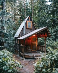 Log Cabin Sheds, Tiny Cabins, Cabins And Cottages, Shed To Tiny House, Tiny House Cabin, Tiny House Design, Little Cabin, Little Houses, Tiny Houses